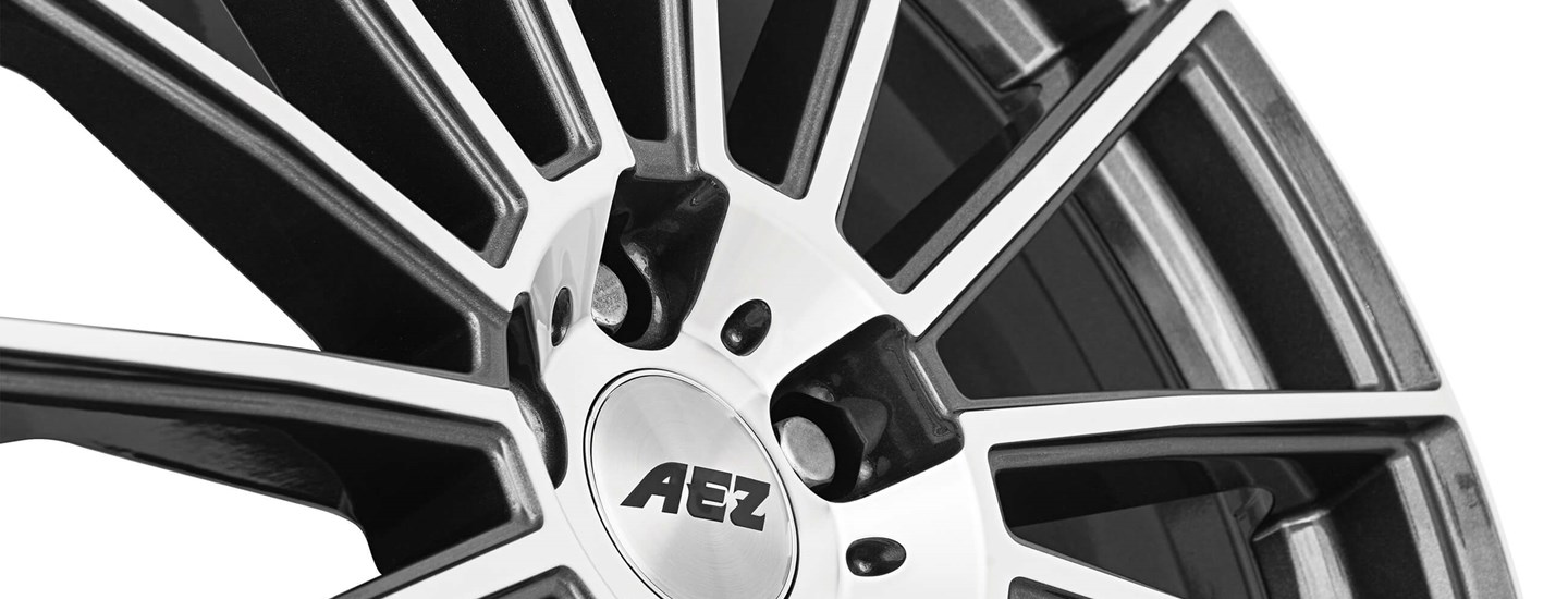 AEZ Steam alloy wheel spokes details